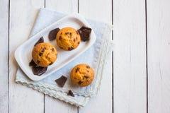 Σπιτικά Muffins τσιπ σοκολάτας στοκ εικόνες