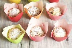 Σπιτικά muffins τυριών εξοχικών σπιτιών Στοκ Εικόνα