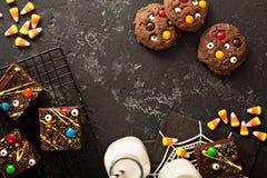 Σπιτικές απολαύσεις τεράτων σοκολάτας brownies για αποκριές Στοκ εικόνα με δικαίωμα ελεύθερης χρήσης