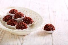 Σπιτικές καραμέλες τρουφών σοκολάτας στοκ φωτογραφία