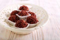 Σπιτικές καραμέλες τρουφών σοκολάτας στοκ φωτογραφία με δικαίωμα ελεύθερης χρήσης