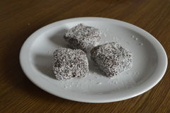 Σπιτική ζύμη, κέικ με την καρύδα Στοκ εικόνες με δικαίωμα ελεύθερης χρήσης