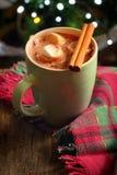 Σπιτική θερμή καυτή σοκολάτα στοκ φωτογραφία