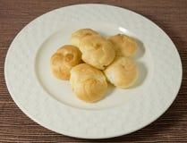 Σπιτική κρέμα Choux που γεμίζουν με Mousse την κρέμα Στοκ Εικόνες