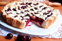 Σπιτική πίτα κερασιών Στοκ φωτογραφίες με δικαίωμα ελεύθερης χρήσης