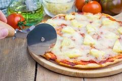 Σπιτική πίτσα της Χαβάης Στοκ φωτογραφίες με δικαίωμα ελεύθερης χρήσης