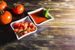 Σπιτική σάλτσα ντοματών Στοκ Εικόνες
