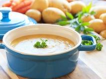 σπιτική σούπα πατατών Στοκ εικόνες με δικαίωμα ελεύθερης χρήσης