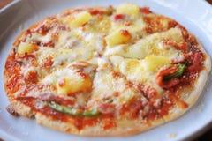 Σπιτική της Χαβάης πίτσα Στοκ Φωτογραφίες