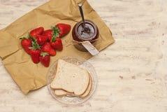 σπιτική φράουλα μαρμελάδ&al Στοκ Φωτογραφίες