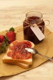 σπιτική φράουλα μαρμελάδ&al Στοκ Εικόνες