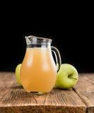 Σπιτικός χυμός μήλων Στοκ εικόνα με δικαίωμα ελεύθερης χρήσης