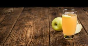 Σπιτικός χυμός μήλων Στοκ φωτογραφίες με δικαίωμα ελεύθερης χρήσης