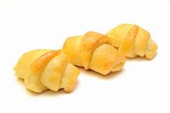 Σπιτικός croissant στο άσπρο υπόβαθρο Στοκ φωτογραφία με δικαίωμα ελεύθερης χρήσης