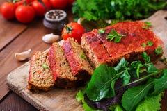 Σπιτικό επίγειο meatloaf με τα λαχανικά Στοκ φωτογραφία με δικαίωμα ελεύθερης χρήσης