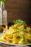 Σπιτικό κρεμώδες tagliatelle από semolina το αλεύρι Στοκ φωτογραφία με δικαίωμα ελεύθερης χρήσης