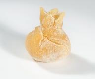 Σπιτικό φρέσκο tortellino, που απομονώνεται στο άσπρο υπόβαθρο Στοκ Εικόνες