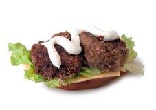Σπιτικό χάμπουργκερ βόειου κρέατος Στοκ Φωτογραφία
