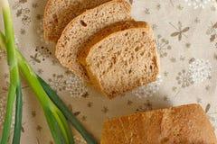 Σπιτικό ψωμί με το κρεμμύδι Στοκ Εικόνες