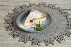 Σπιτικό cheesecake κερασιών Στοκ Φωτογραφίες