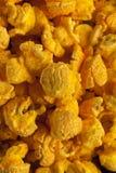 Σπιτικό Popcorn τυριών τυριού Cheddar στοκ εικόνες με δικαίωμα ελεύθερης χρήσης