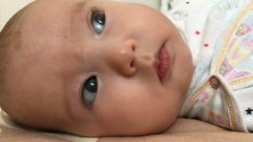 σπορείο μωρών λίγο να βρε&thet φιλμ μικρού μήκους