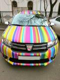 Σπορ αυτοκίνητο ουράνιων τόξων Dacia Στοκ εικόνες με δικαίωμα ελεύθερης χρήσης