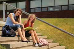 Σπουδαστές στο σχολείο Στοκ Εικόνα