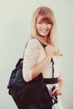 Σπουδαστής κοριτσιών γυναικών με το σακίδιο πλάτης Στοκ φωτογραφία με δικαίωμα ελεύθερης χρήσης