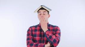 Σπουδαστής που κουράζεται απόθεμα βίντεο