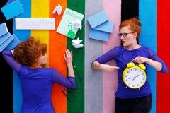 0 σπουδαστής που παρουσιάζει προχωρημένη ώρα Στοκ Εικόνα