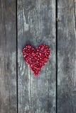 Σπόροι ροδιών στη μορφή καρδιών Στοκ εικόνα με δικαίωμα ελεύθερης χρήσης