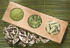 Σπόροι, φύλλα και moringa σκόνη - Moringa oleifera Στοκ Εικόνες