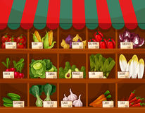 Στάβλος αγοράς λαχανικών και φρούτων με τις ετικέτες τιμών Στοκ εικόνα με δικαίωμα ελεύθερης χρήσης