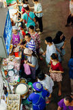 Στάβλος τροφίμων στην αγορά Warorot, Chiang Mai, Ταϊλάνδη Στοκ εικόνες με δικαίωμα ελεύθερης χρήσης