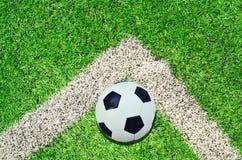 στάδιο ποδοσφαίρου σφαιρών Στοκ εικόνες με δικαίωμα ελεύθερης χρήσης