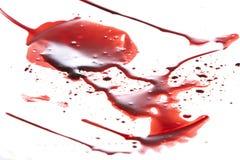 Στάζοντας αίμα που απομονώνεται στο λευκό απεικόνιση αποθεμάτων