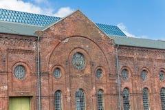 Στάσεις ενός κτηρίου που εγκαταλείπονται παλαιές Στοκ φωτογραφία με δικαίωμα ελεύθερης χρήσης