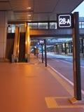Στάσεις λεωφορείου στο τερματικό 2 αερολιμένων Narita το πρωί Στοκ φωτογραφία με δικαίωμα ελεύθερης χρήσης