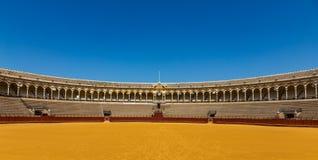 Στάσεις στο αρενών ταυρομαχίας χώρων Λα Real Maestranza de Caballeria Plaza de toros de Real Maestranza de ιππικού στη Σεβίλη, Ισ στοκ φωτογραφίες