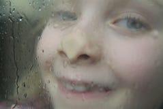 στάση βροχής στην αναμονή Στοκ φωτογραφία με δικαίωμα ελεύθερης χρήσης