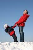 στάση γιων μητέρων Στοκ φωτογραφία με δικαίωμα ελεύθερης χρήσης