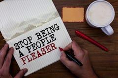 Στάση γραψίματος κειμένων γραφής που είναι άνθρωποι παρακαλώ Η έννοια έννοιας κάνει τι συμπαθείτε όχι τα πράγματα που άλλοι άνθρω στοκ φωτογραφία