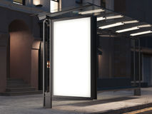 Στάση λεωφορείου με ένα έμβλημα στη σκοτεινή οδό τρισδιάστατη απόδοση Στοκ φωτογραφίες με δικαίωμα ελεύθερης χρήσης