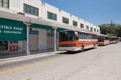 Στάση λεωφορείου στην πόλη της Ρόδου Κύρια στάση λεωφορείου και ταξί στην πόλη της Ρόδου στην Ελλάδα Στοκ Εικόνα