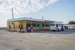 Στάση λεωφορείου, Muynak, Ουζμπεκιστάν Στοκ Εικόνες