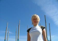 στάση κοριτσιών Στοκ φωτογραφία με δικαίωμα ελεύθερης χρήσης