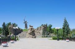 Στάση μνημείων ` στο θάνατο! `, τοίχος-καταστροφές ` ` και κλήσεις μητέρας πατρίδας `! ` στο Hill Mamayev στοκ εικόνα με δικαίωμα ελεύθερης χρήσης