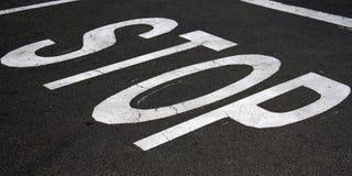 στάση οδικών σημαδιών Στοκ εικόνα με δικαίωμα ελεύθερης χρήσης