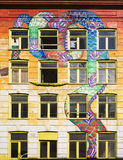 στάση οκλαδόν οικοδόμηση Στοκ εικόνες με δικαίωμα ελεύθερης χρήσης